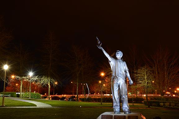 20140329 Night (statue)
