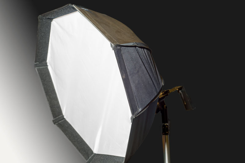 Octagon Soft Box for flash is now available for rent